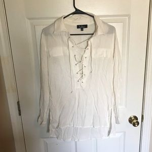 White lace up top